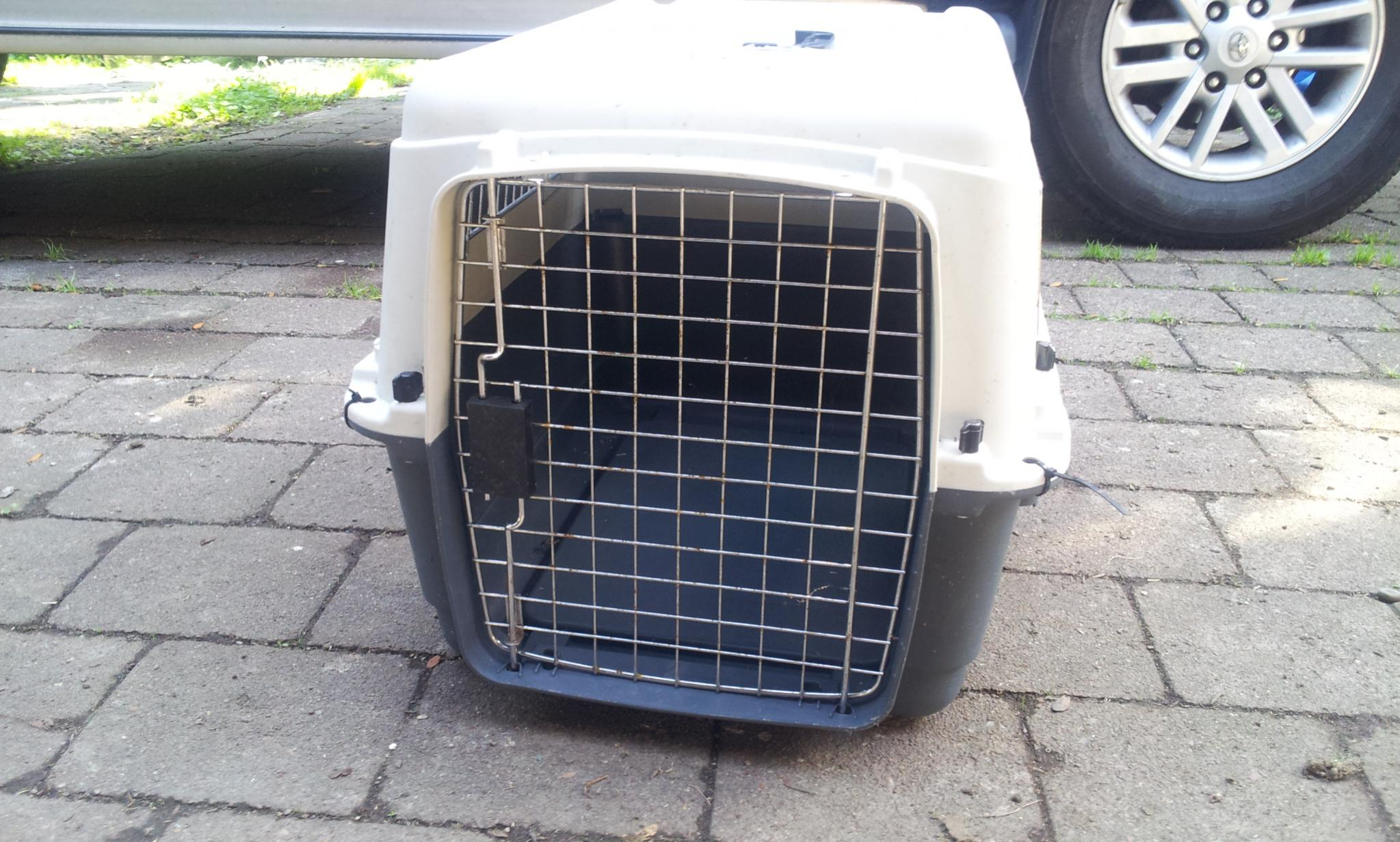 Name:  dog crate front.jpg Views: 408 Size:  327.2 KB