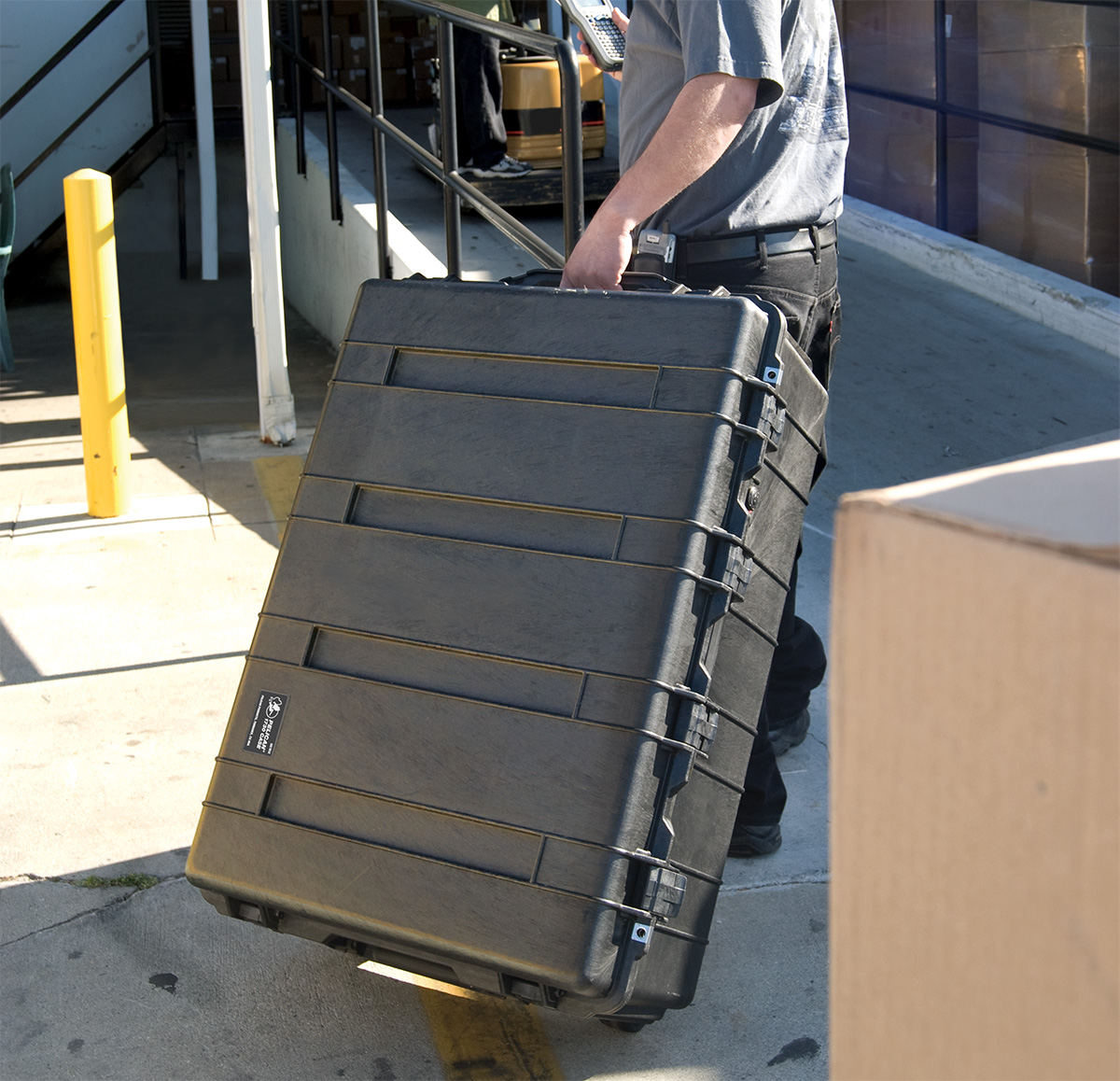 Name:  pelican-1730-rolling-transport-hard-cases.jpg
