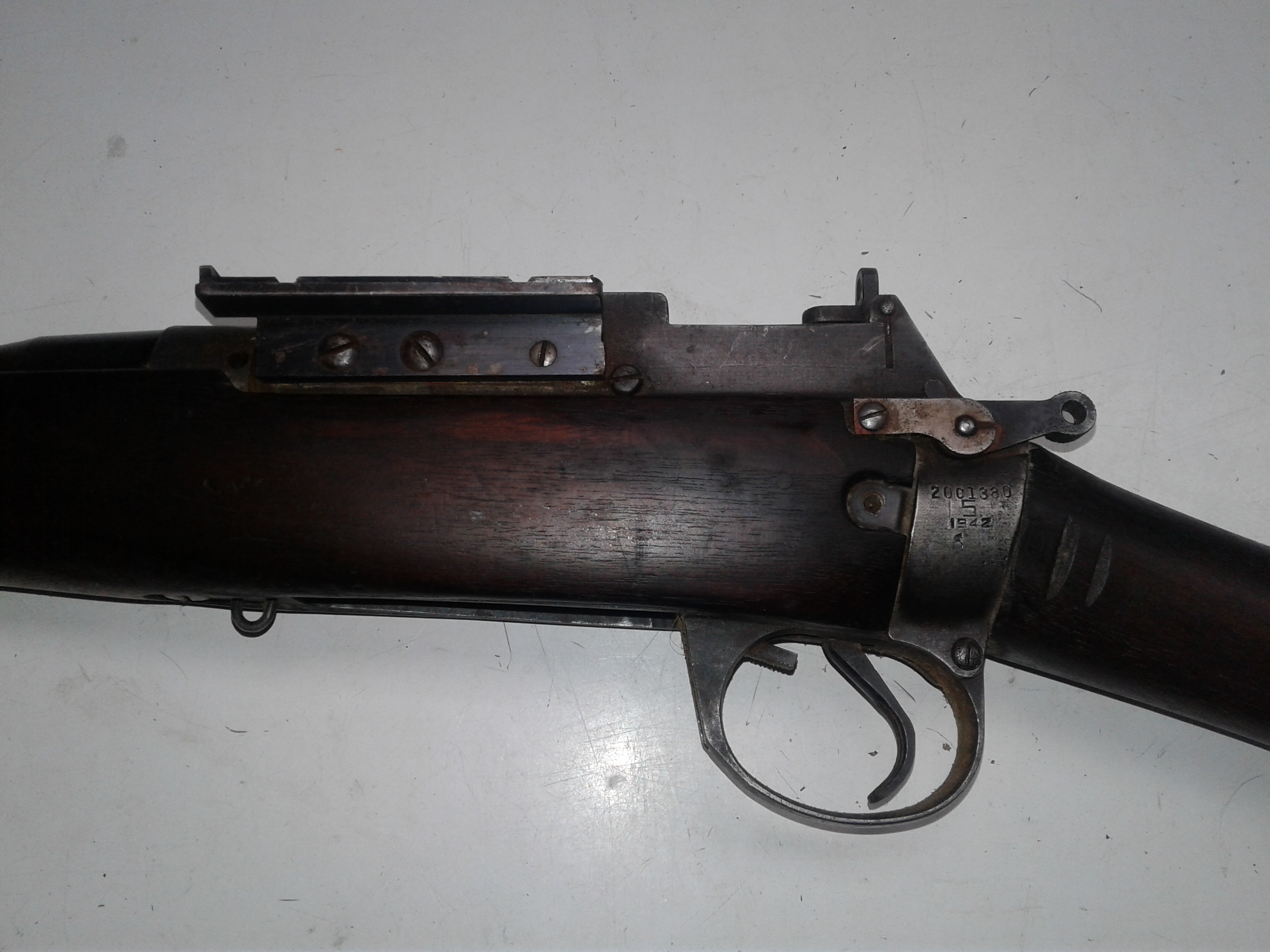 Name:  lee enfield 2 action side .jpg Views: 602 Size:  1.22 MB