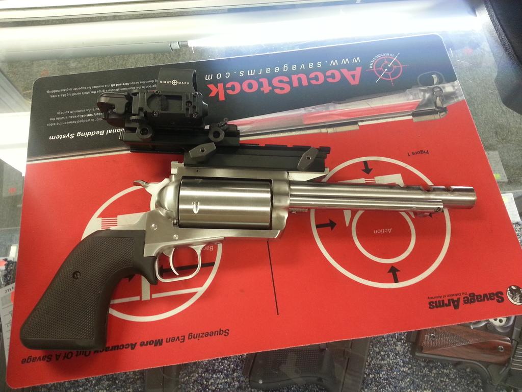 Name:  Bubbas-revolver.jpg Views: 320 Size:  319.6 KB