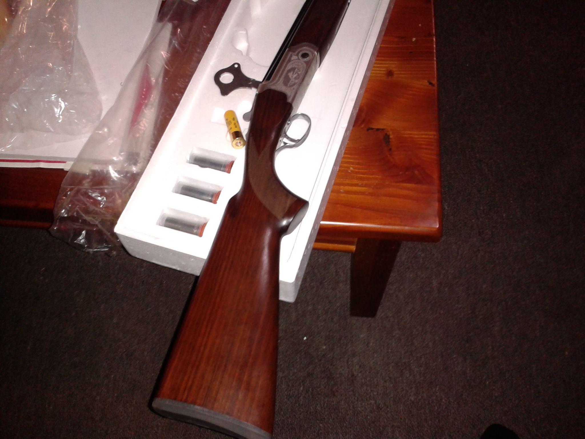 Love handgun swinging targets very sexy