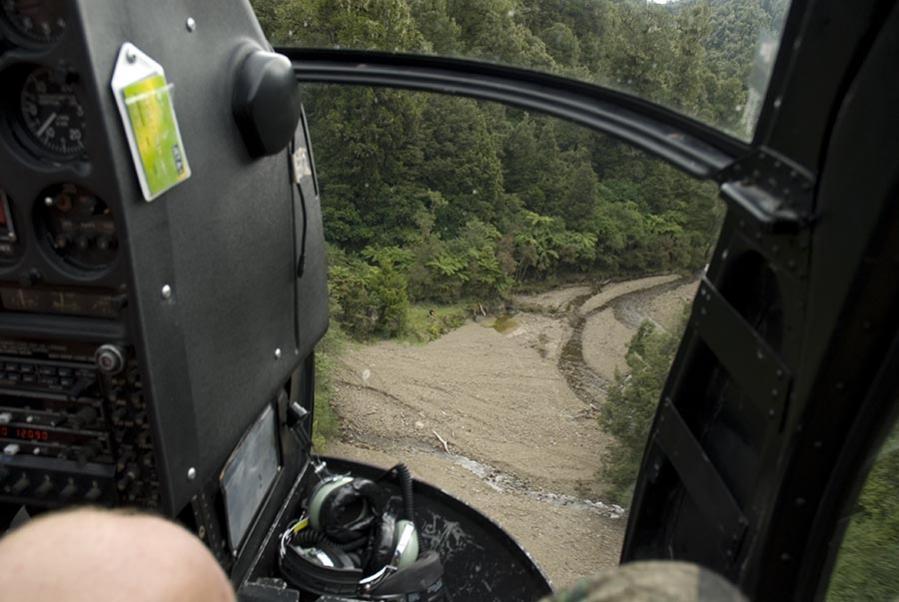 Name:  Flying over stream.jpg Views: 551 Size:  69.5 KB