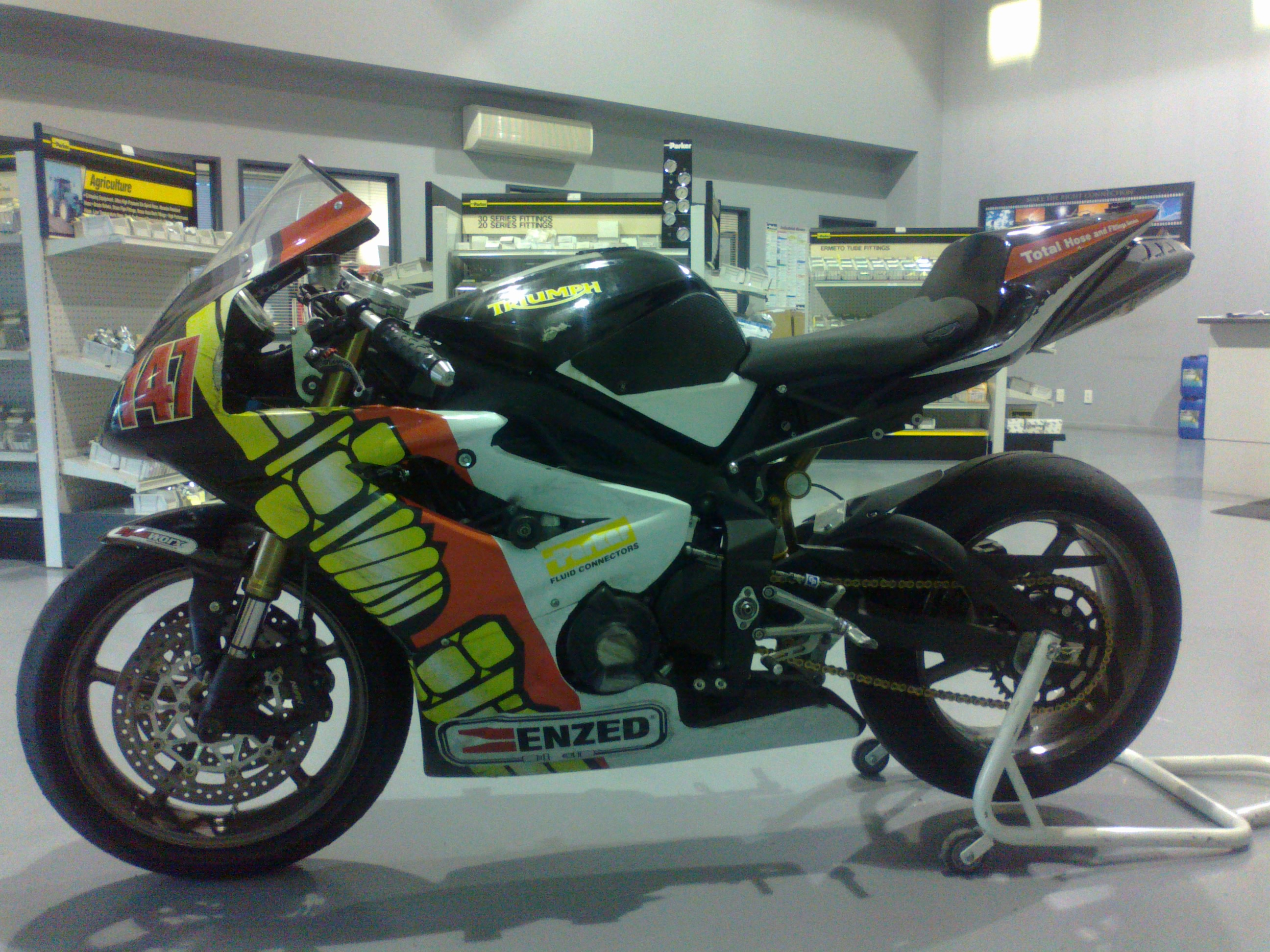 Name:  Enzed bike at store 001.jpg