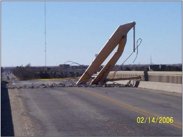 Name:  digger bridge 2.jpg Views: 534 Size:  38.8 KB
