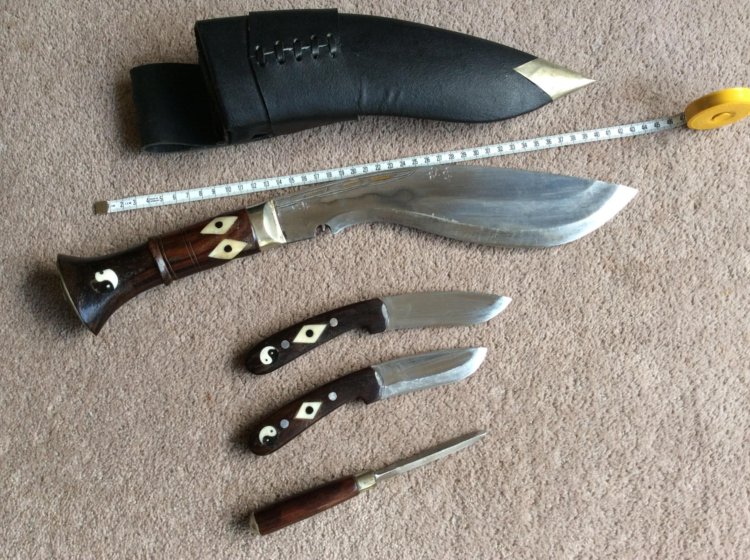 How to knock out the kukri